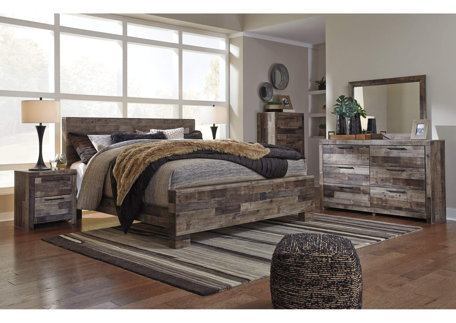 Derekson King Panel Bed W Dresser And Mirror Ashley Furniture Homestore Independently Owned And Operated By Best Furn Appliances I