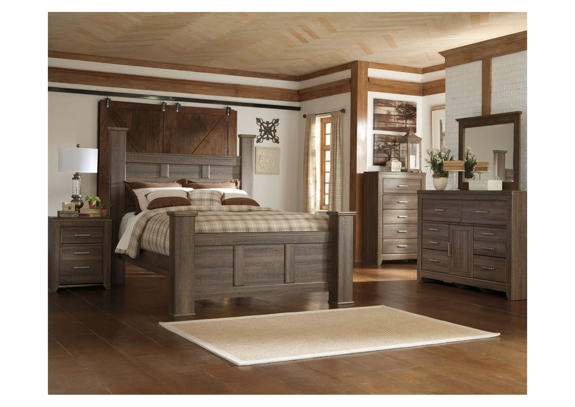 Juararo California King Poster Bed w/Dresser and Mirror
