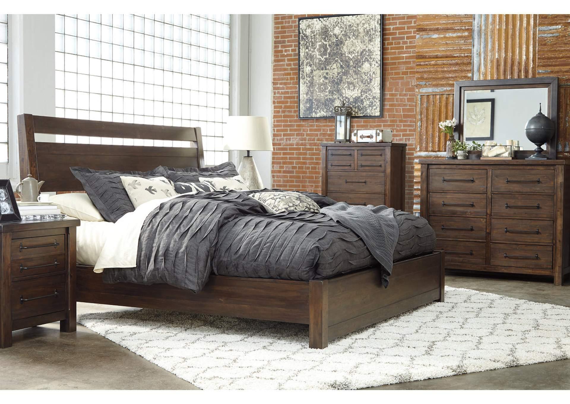 Starmore King Platform Bed w/Dresser and Mirror   PEDIDO ESPECIAL