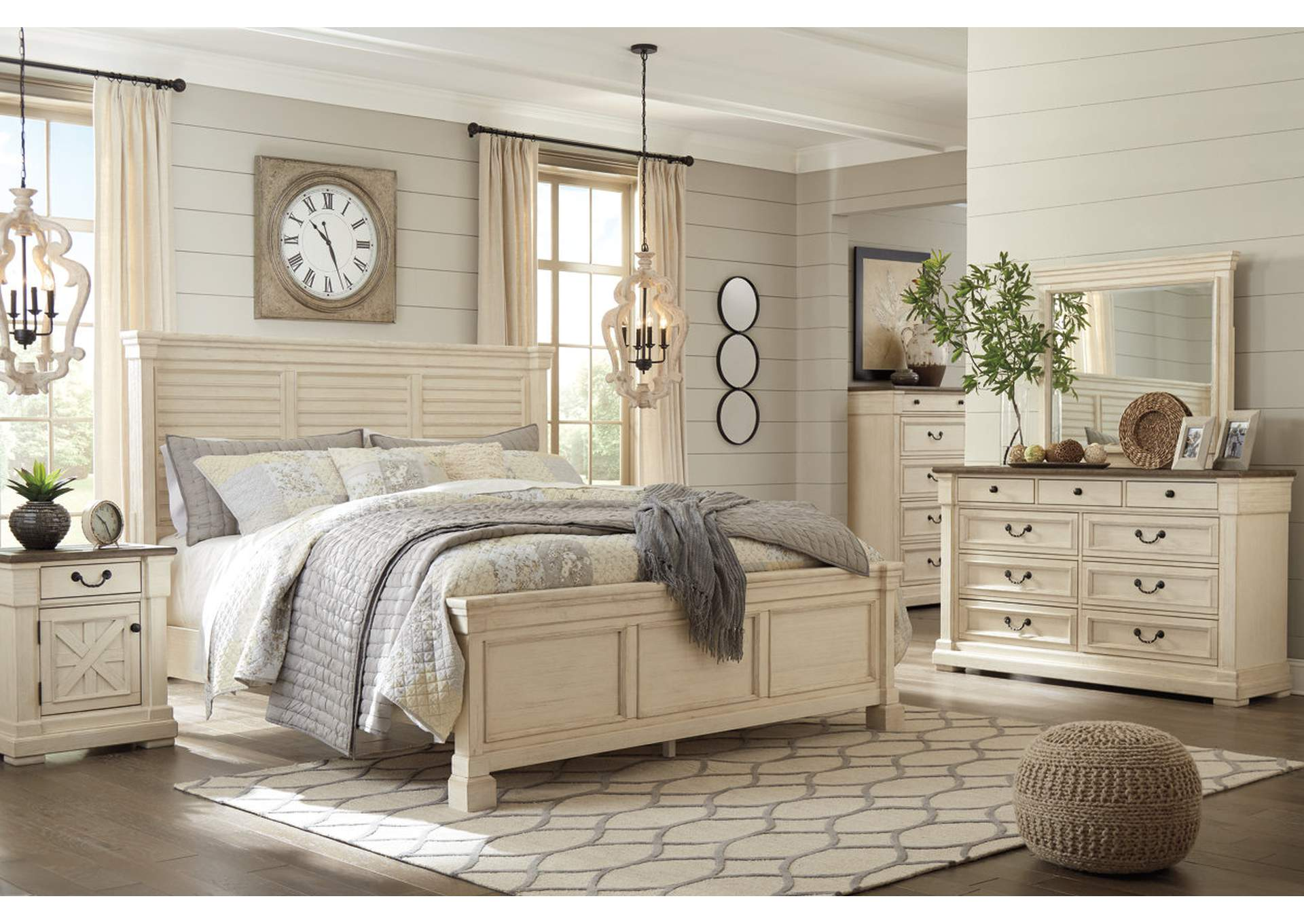 Bolanburg Queen Louvered Panel Bed w/Dresser and Mirror