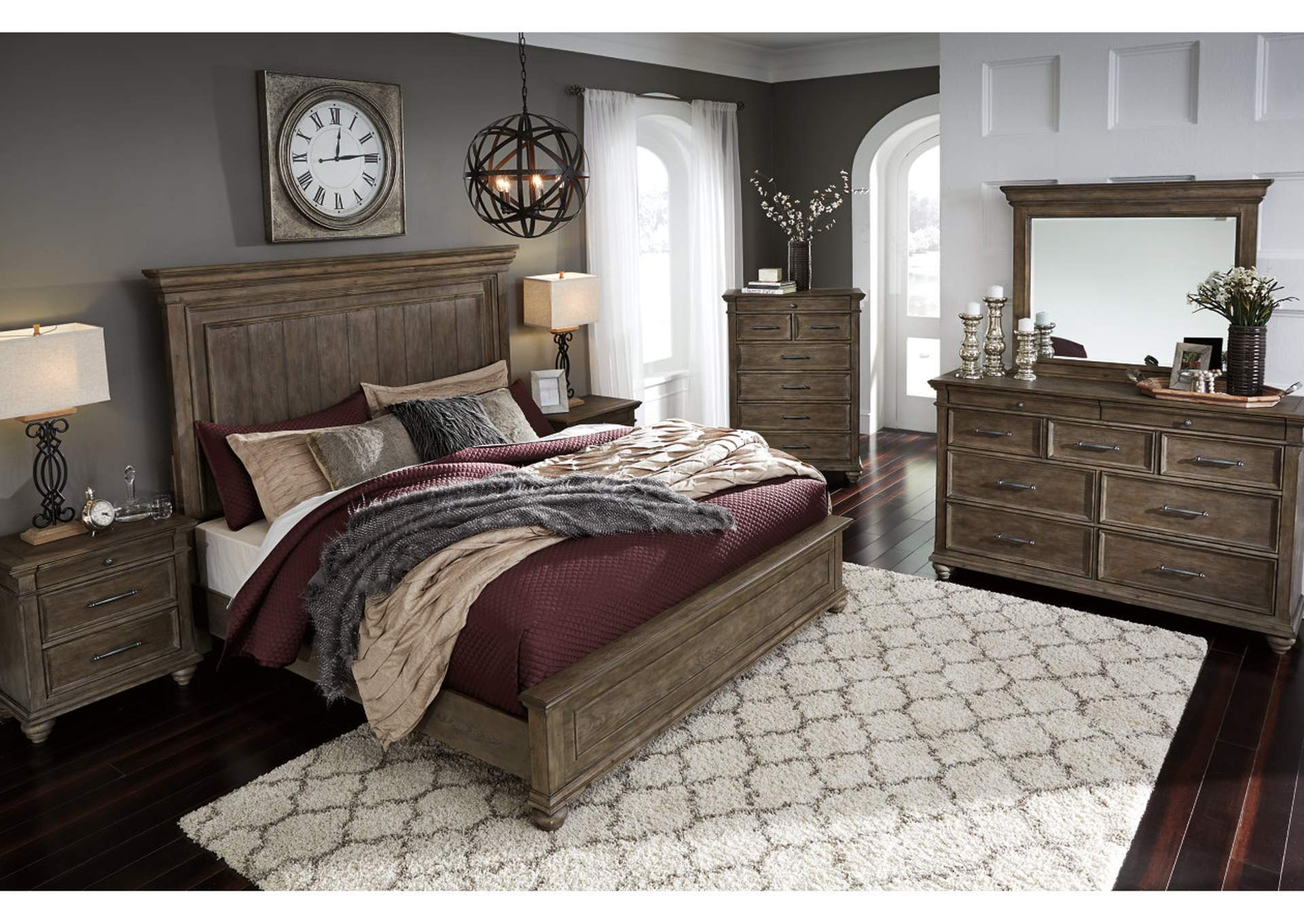 Johnelle Queen Panel Bed w/Dresser and Mirror