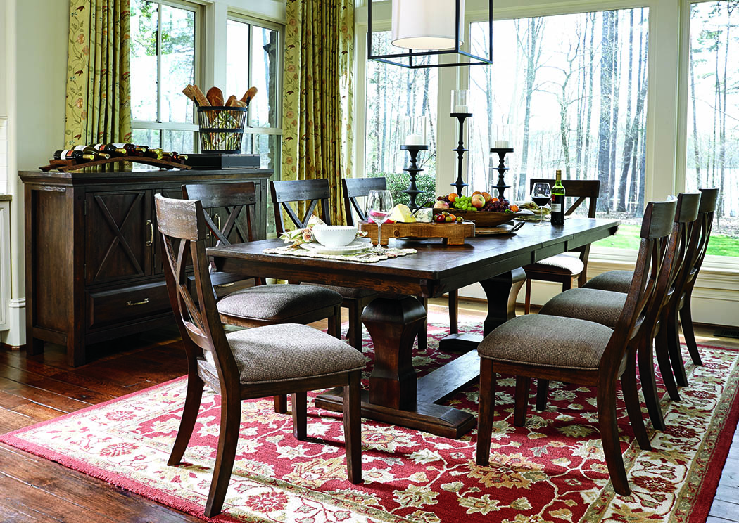 Windville Dining Table And 8 Chairs 에, Windville Dining Room Set
