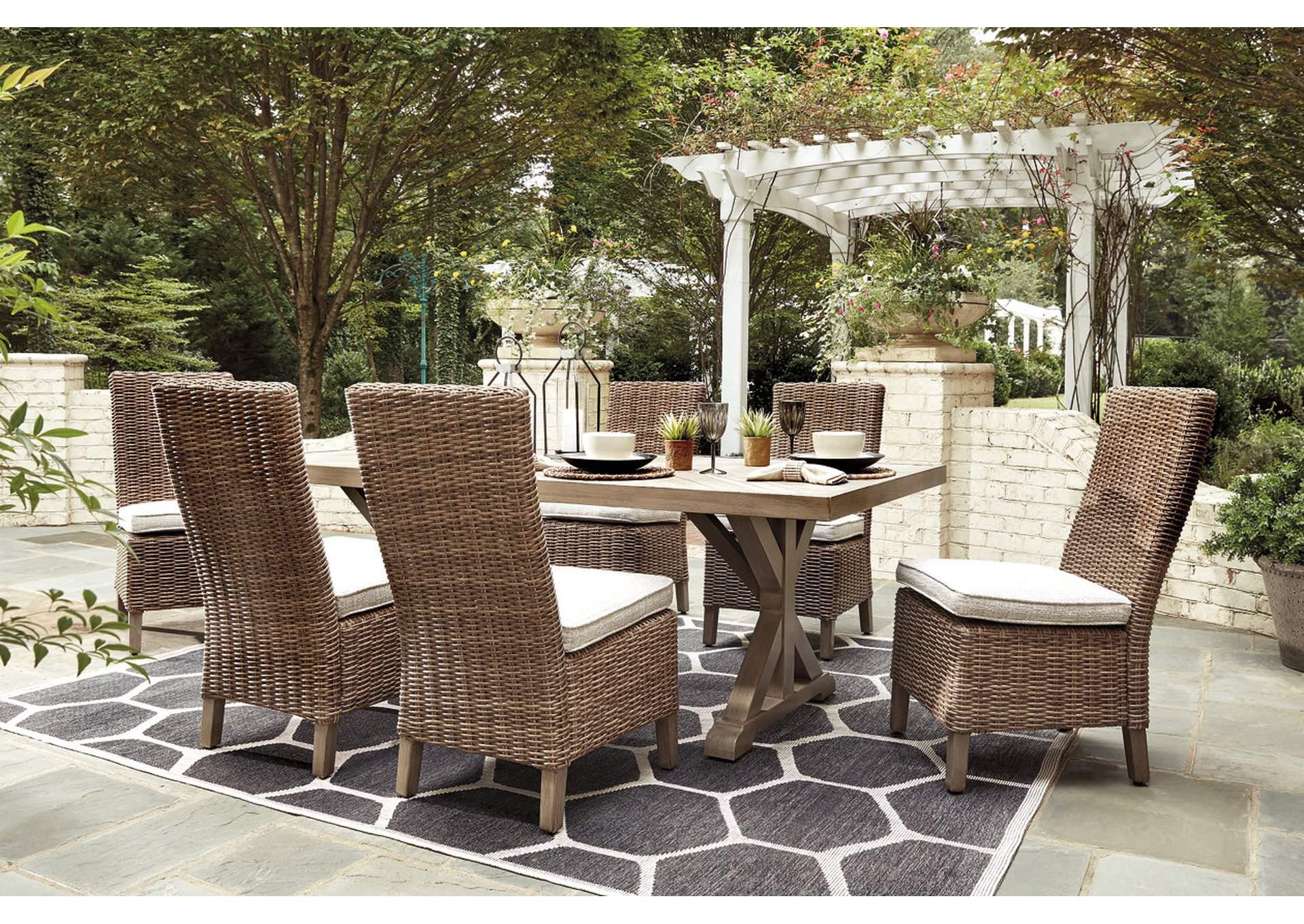 Beachcroft Обеденный стол и 6 стульев без подлокотников