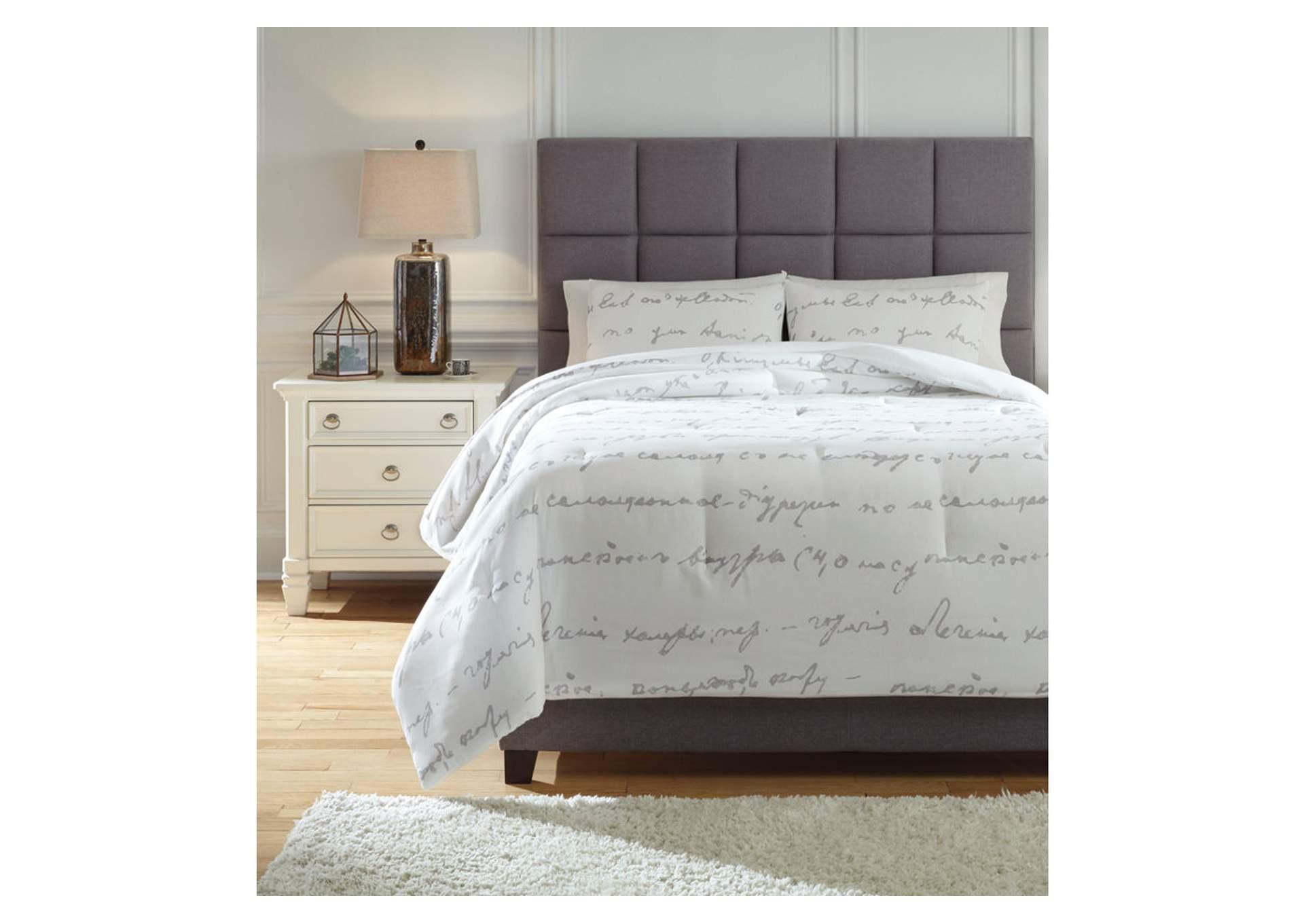 Adrianna 3 Piece Queen Comforter Set
