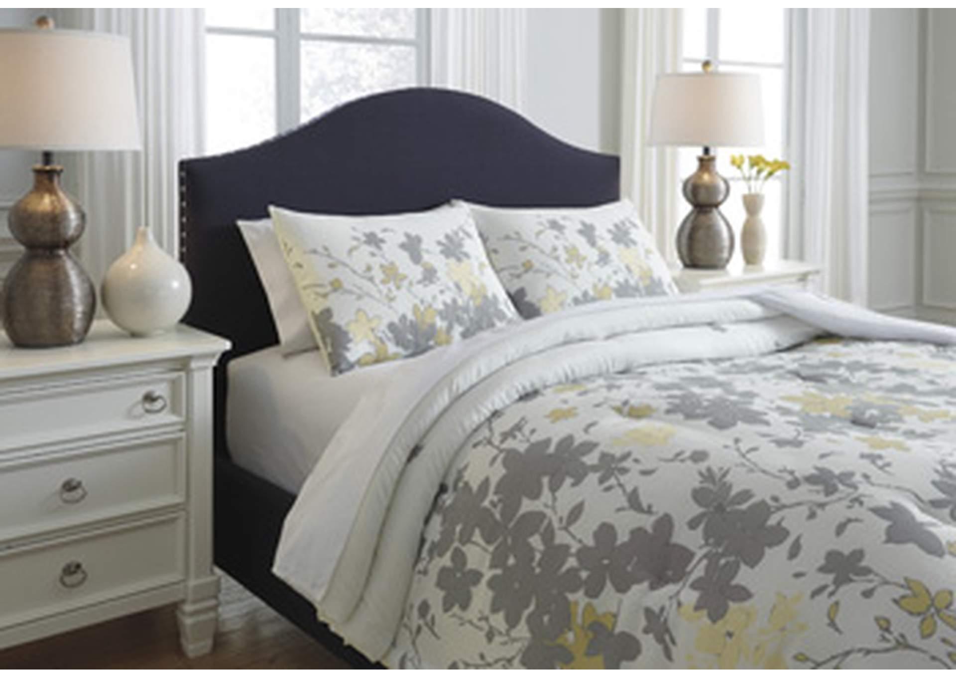 Maureen 3 Piece King Comforter Set